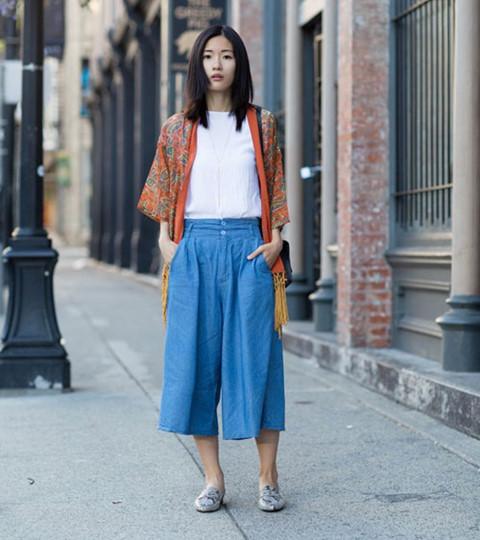 Phối quần culottes với áo cardigan
