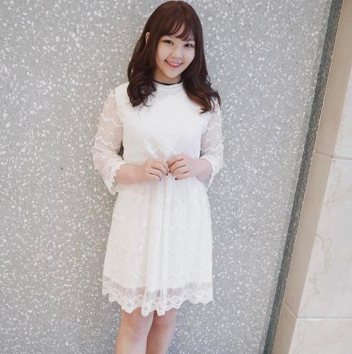 váy chữ A cho người béo váy suông trắng